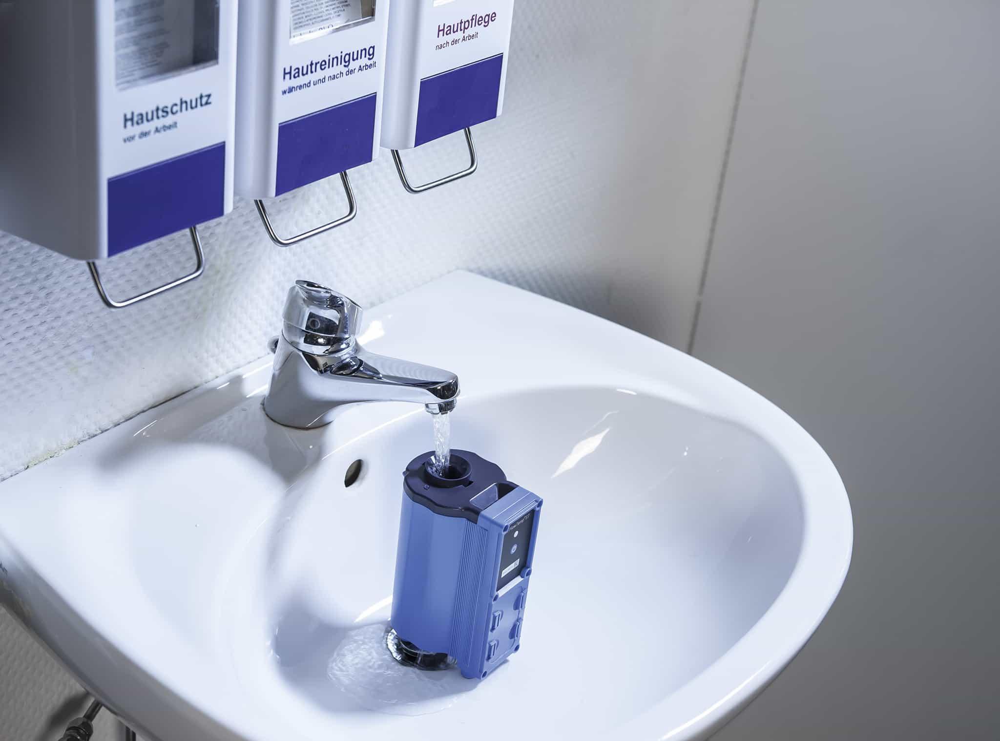 FlowTemp® ST im Waschbecken